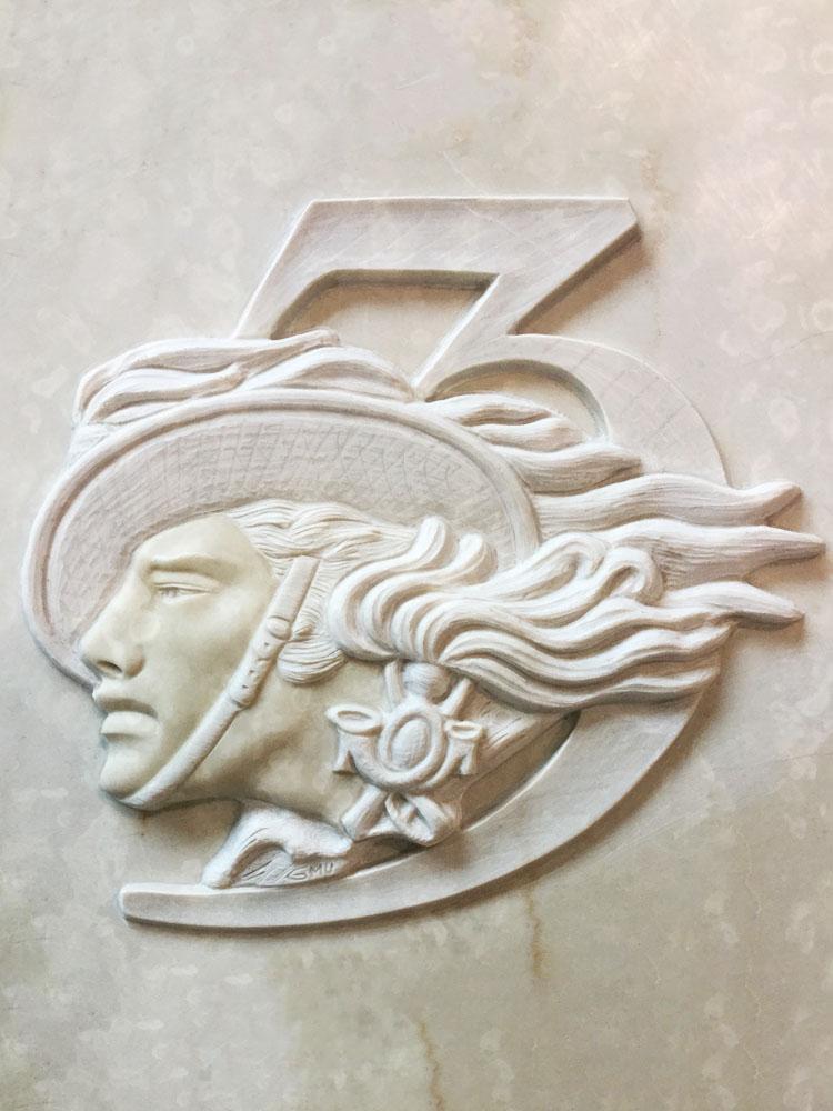 Lavori personalizzati in marmo o granito - Bersagliere