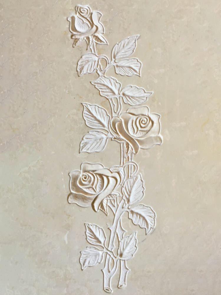 Floral decorations in marble or granite – Roses in low relief