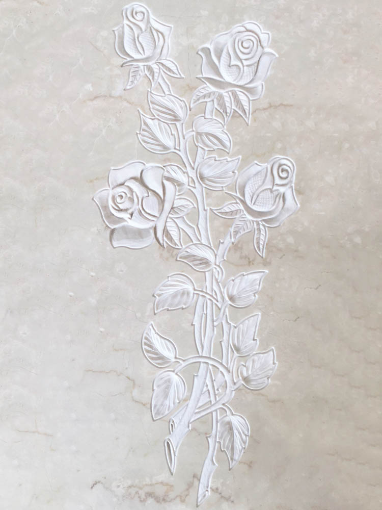 Floral decorations in marble or granite – Roses