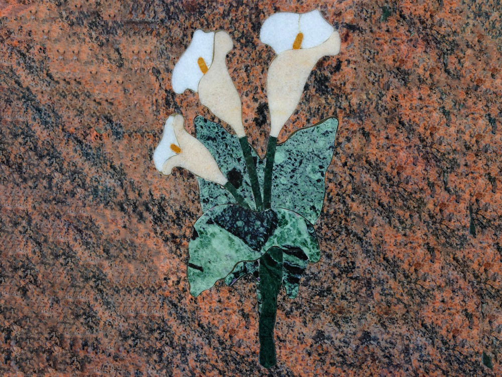 Floral decorations in marmle or granite - Calla lily with inlay