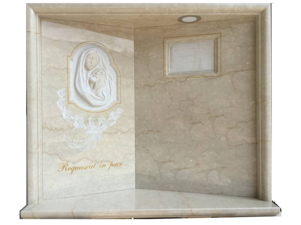 Headstone with Pieta and callas